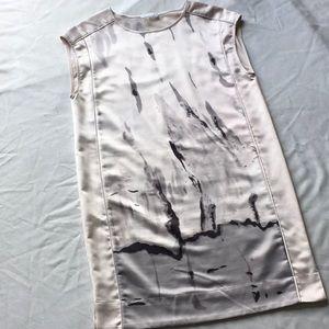 BEAUTIFUL Dalia sleeveless shift dress. Size 6.